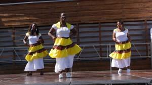 Danse tahitienne
